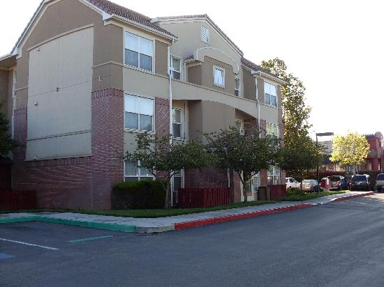 Residence Inn San Jose South: 酒店外景