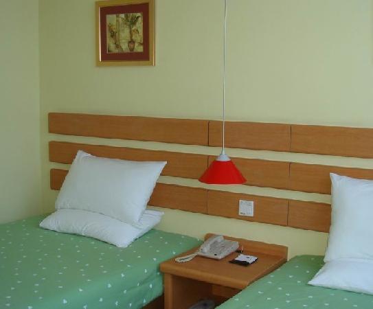 Home Inn (Xining Center Square) : 112