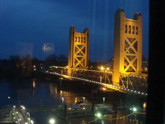 Embassy Suites by Hilton Sacramento - Riverfront Promenade: DSC06544