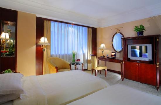 New Century Grand Hotel: 房间是真的很漂亮,外面的景色也很美丽!!