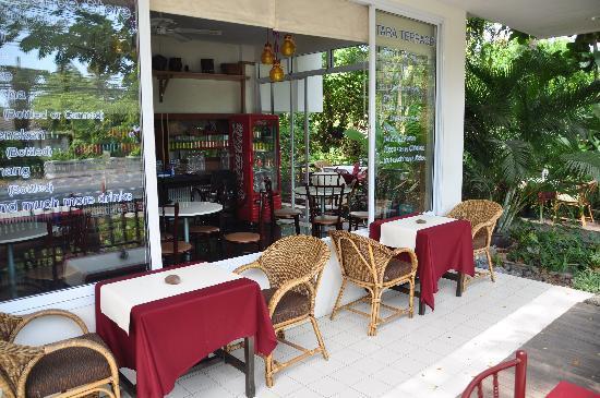 Chaweng Tara Resort: mini餐厅一角
