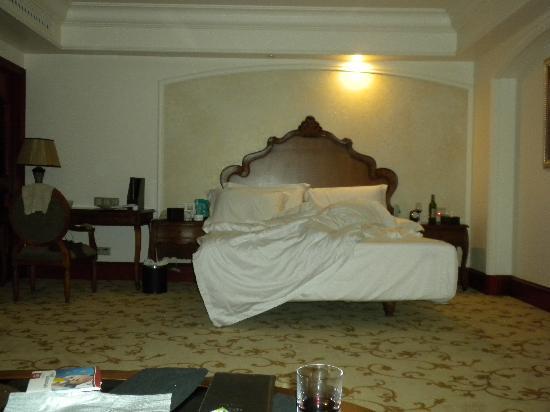 Winton Hotel: 欧式大床