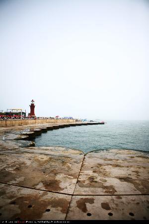 Dalian, China: 星海广场的灯塔