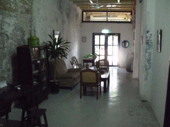 River View Guest House: 走廊