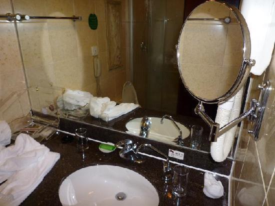 Swan Hotel Xiamen: 卫生间