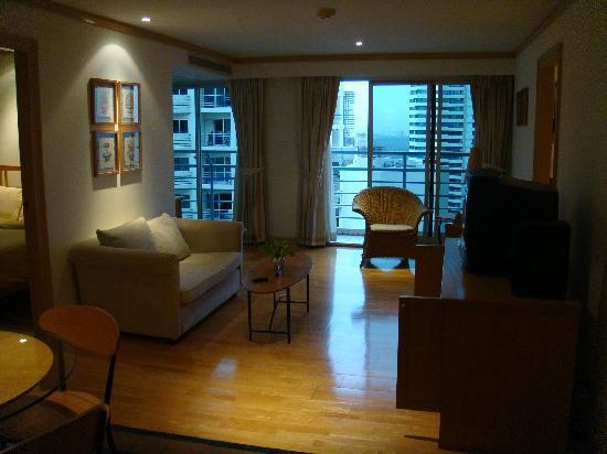 River Side Bangkok: 客厅