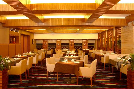 South China Harbour Hotel : 餐厅