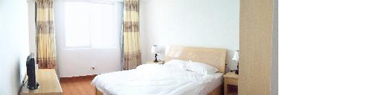 Nanmen Bay Seaview Apartment Hotel: 面对大海的双人房