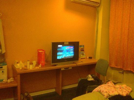 Home Inn (Dalian Qingniwa Bridge): 大瓜001