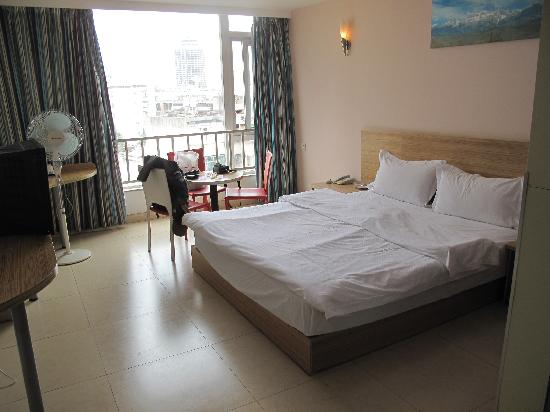 701 Inn (Kunming Shuijingjunyuan): 大床房