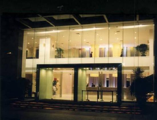 Hotel Kapok Shenzhen: 门口