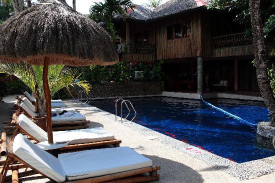 Fridays Boracay Resort : 酒店泳池