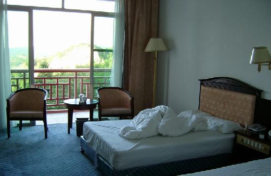 Mount Taimu Yuhu Hotel: 阳光明媚的早上