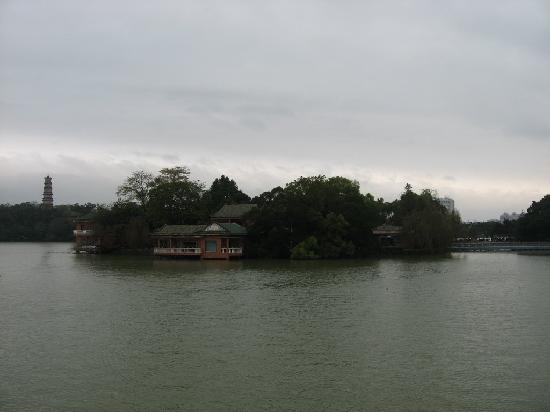 ‪Huizhou West Lake‬