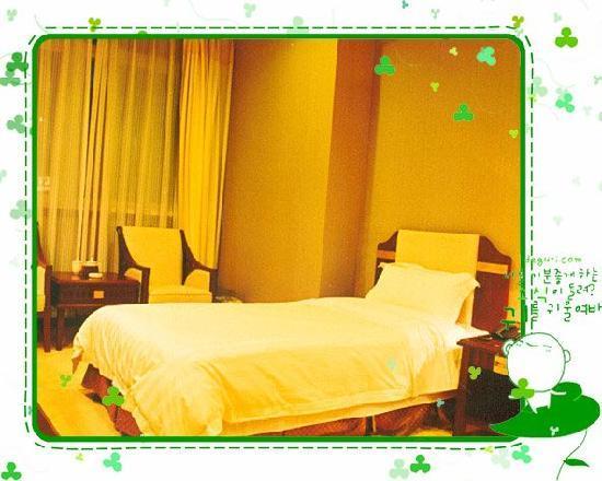 Sequoia Hotel: 房间内部