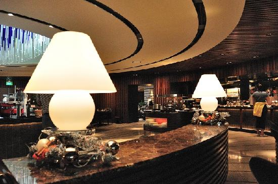 Regent Singapore, A Four Seasons Hotel: 早餐厅1
