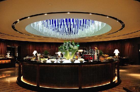 Regent Singapore, A Four Seasons Hotel: 早餐厅