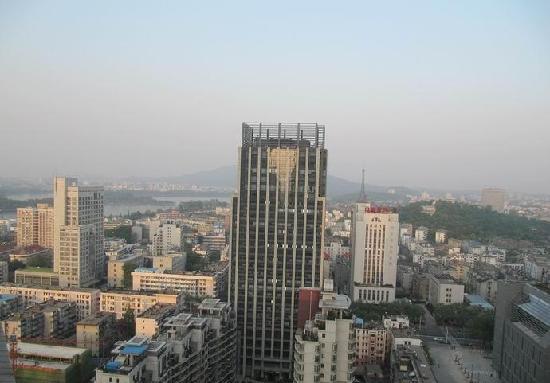 Jiangsu Grand Hotel : 从房间往外看