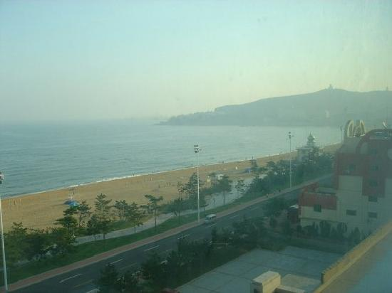 Seaview Apartment Hotel Weihai: 海景房view3