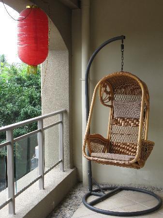 Bingsanwan Apartment-hotel Resort : 阳台吊椅