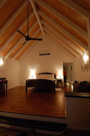 Cocoa Island by COMO: 空间色调都很疏朗的室内设计