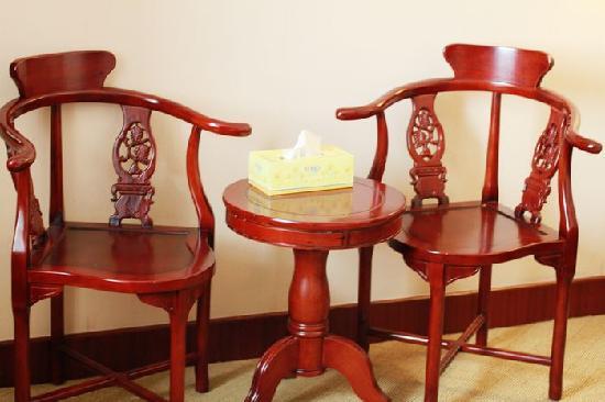 Wu Ling Du Hotel: 房间家具