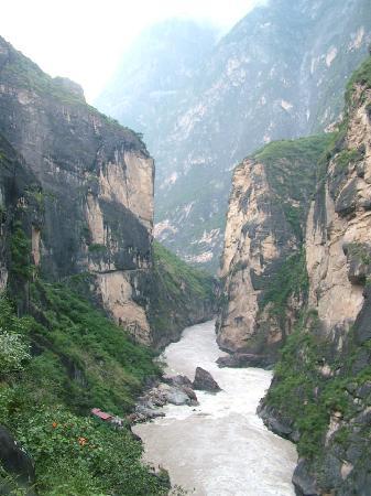 Jinsha River: 从上俯瞰金沙江