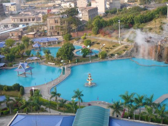 Fengshun County, China: 广东丰顺千江温泉酒店