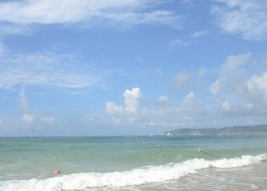 Yalong Bay: 沙滩,海水,蓝天
