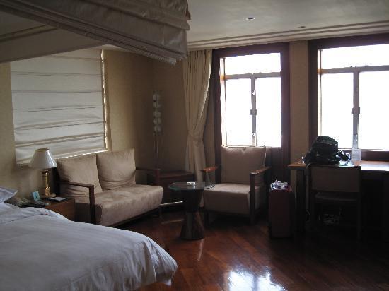 Kapok apartment: 房间进去的左手边