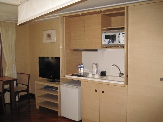 Kapok apartment: 房间的右手边
