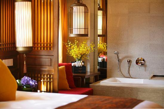 麗江和府皇冠假日酒店照片