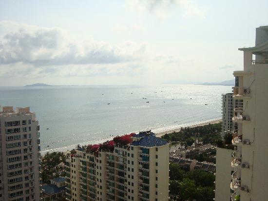 Grand Blue Liwan Apartment Hotel: 阳台上看到的海景