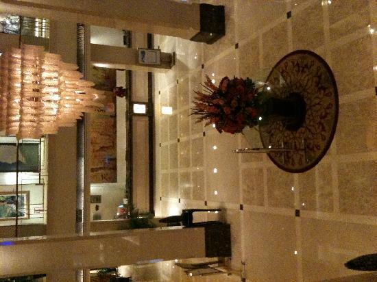Yan'an Hotel : 俯瞰大堂