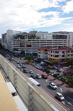Winner Hotel: CP购物中心近在咫尺