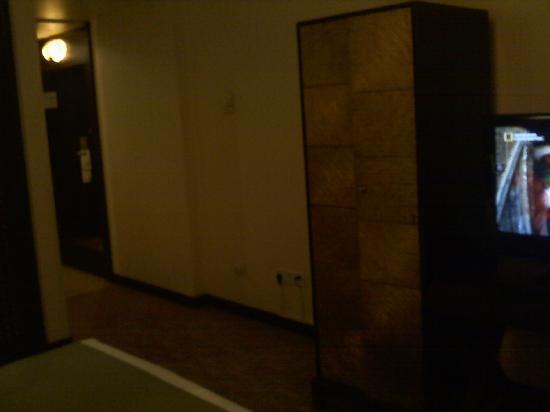 房间里风格比较奇特的柜子