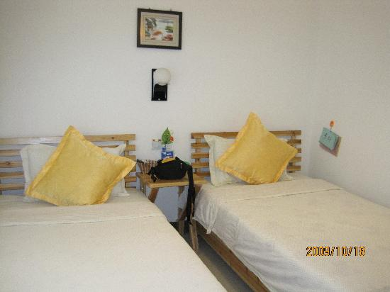 Sha'ouju Hostel: 这是我们住的房间,房间不大,但麻雀虽小,五脏俱全,强烈推荐