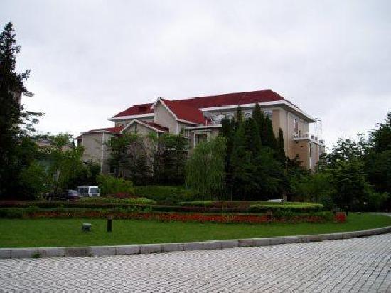Dandong Hotel