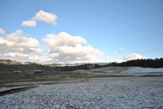 Barkol County, Chiny: 巴里坤八月的雪