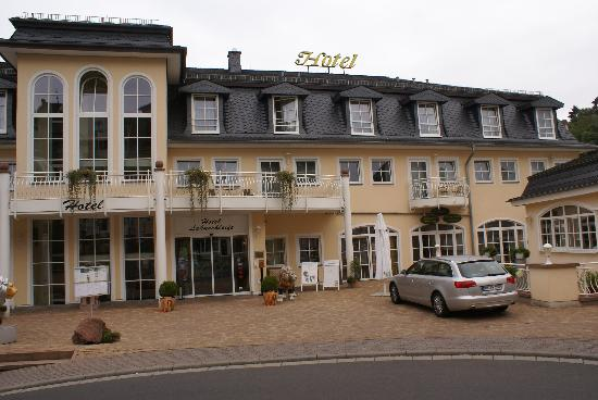Weilburg, Germany: 酒店正门照片