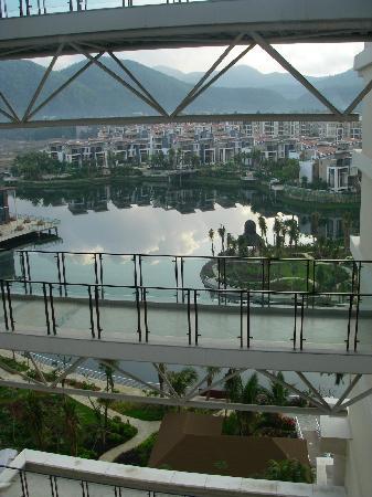 Century Landscape Hotel: 建筑物设计很棒