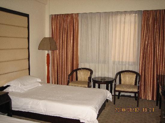 Cui Yuan Hotel : 房间