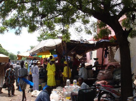 Bamako, Mali: 市场外景(3).