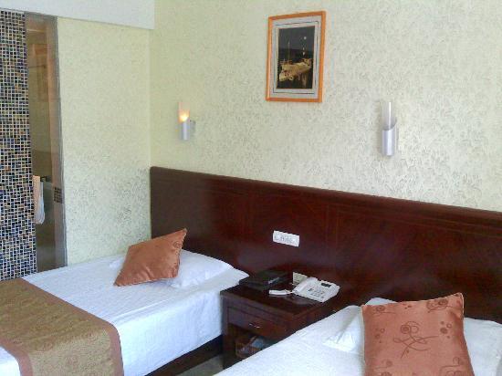 Haitong Hotel: 房间