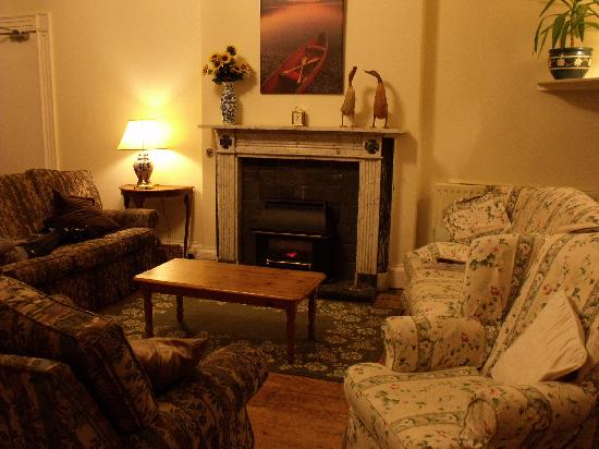 Ambleside Backpackers: sitting room
