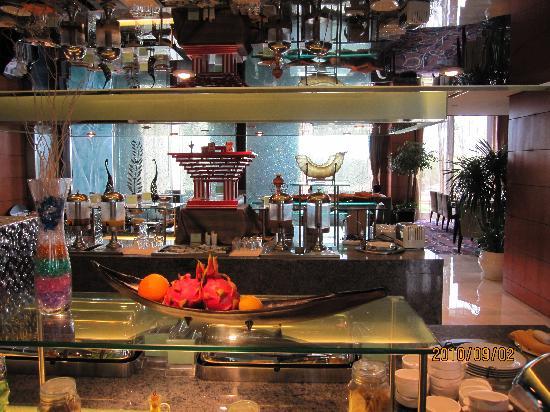 Howard Johnson Plaza Lingang Shanghai: 比较喜欢吃早饭的地方