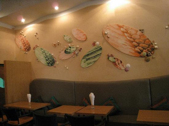 River 108 Boutique Hotel: fish餐厅内部