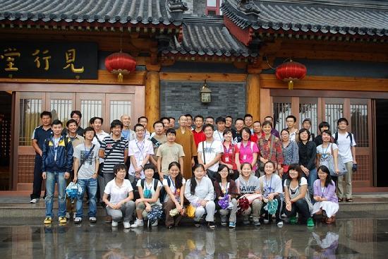 Beijing Longquan Temple: 法师跟义工们