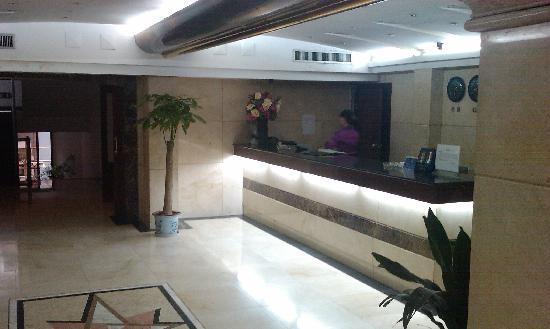 Huayu Hotel