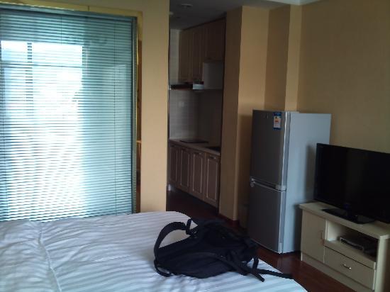 Yizheng Holiday Hotel: 室外环境还好